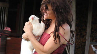 Cheryl Casselman: singer songwriter